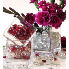 Various Materials for Sparkling Table Scatters