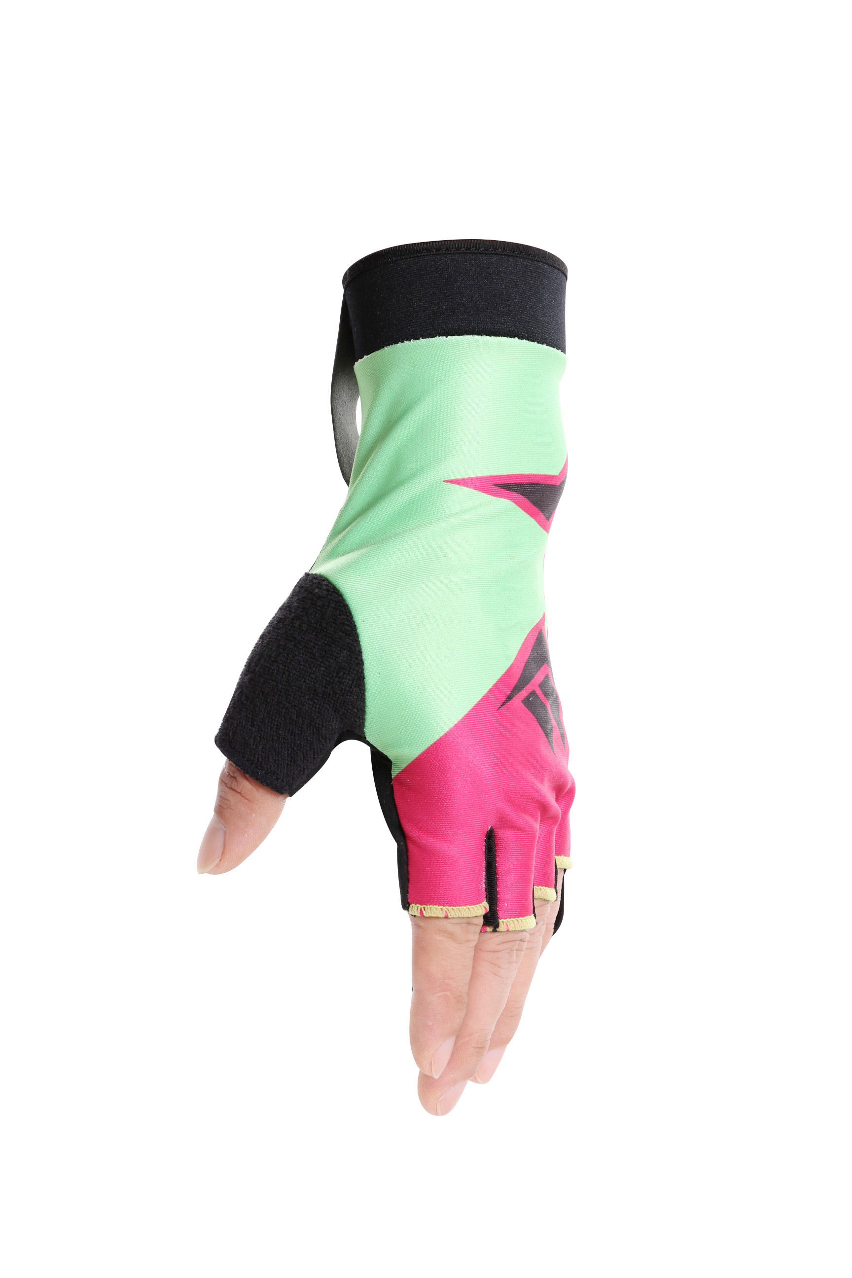 comfortable sportswear gloves