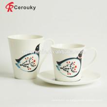 Taza de cerámica de la leche de las ilustraciones lindas de la paloma