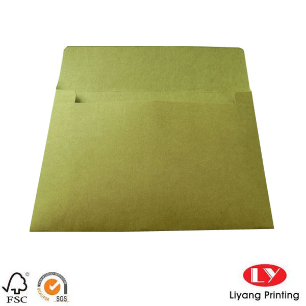 Rigid brown kraft paper envelope