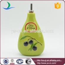 YSov0006-01 Bouteille d'huile et de vinaigre vert céramique avec le design des raisins