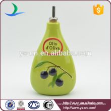 YSov0006-01 Green Ceramic Oil and Vinegar Bottle With the Grapes Design