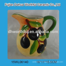 Cruche à lait en céramique à la vente chaude avec figurine d'olive