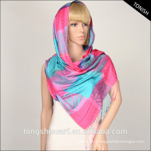 2015 Fashion yarn dyed jacquard fabric tartan plaid scarf shawl for Middle East