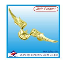 Insignia de forma de ala chapada en oro brillante con 3D Star (LZY-10000370)