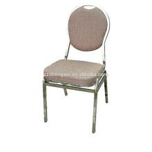Металлический спиннинг Ресторанный стул с подушкой для продажи