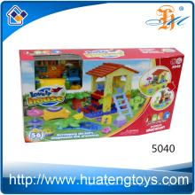 La construcción mega de la construcción educativa de la nueva casa bloquea el juguete