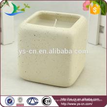 Bougies en céramique carrées à chaud