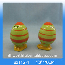 Wholesale egg shape ceramic pepper &salt shaker