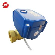 Válvula de agua eléctrica de cobre amarillo de BSP 2 maneras DN20 para las mercancías sanitarias