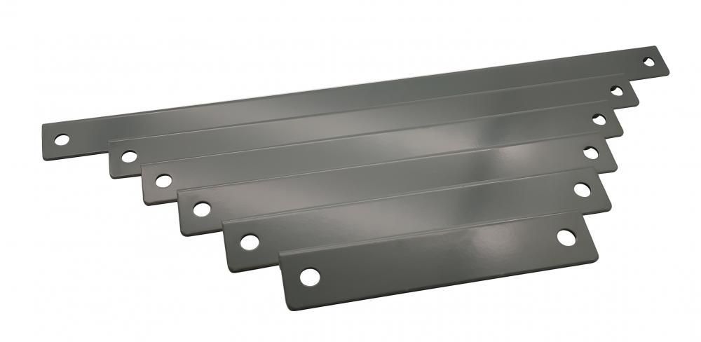 Corner bracket for air conditioning installation