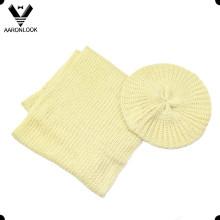 Твердый цвет акриловый дешевые зимние береты шеи шарф набор
