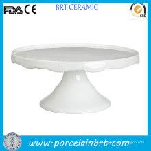 Stand de gâteau de mariage en forme de porcelaine style moderne