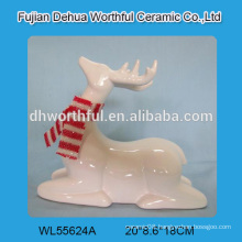 Lovely ceramic reindeer figurine for 2016 christmas decoration