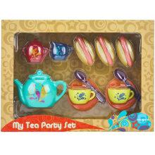 Детские пластиковые чайные сервизы