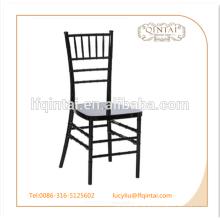 Chaise en plastique de salle à manger empilable pas cher design simple