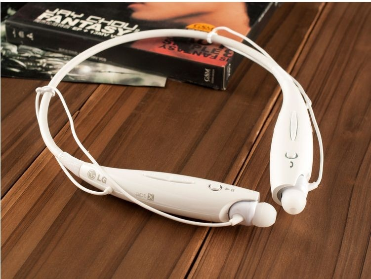 bluetooth white earphone