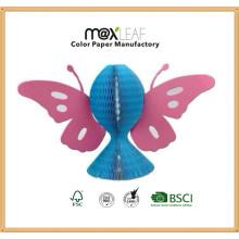Chapéu de papel dobrável de cores misturadas com forma de borboleta
