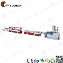 Linha de produção plástica extrusão do perfil do PVC do parafuso dobro WPC de alta velocidade