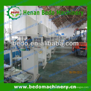 2013 The most popular Bedo brand Automatic packing machine for pellets/rice/suagr/nuts008613253417552