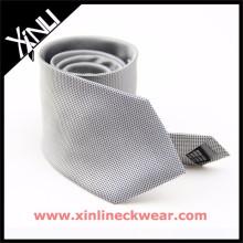 Grey White Pin Dots 100% Soie Cravate Stock Vente