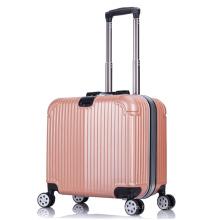 Les meilleurs petits voyages légers portent sur les bagages de 16 pouces