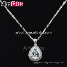 Las muestras libres del collar de la manera del diamante de la placa de oro blanco