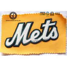 Kundenspezifisches Logo Laser Cut Filzstickerei für Baseballmütze, Kleidung
