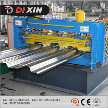 Machine automatique de formage de rouleaux de plaques de plancher