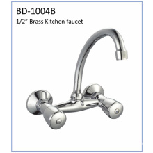 Bd1004b Double Handles Brass Kitchen Faucet
