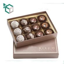 Acepte pedido personalizado y caja de chocolate de material de papel con separador de papel