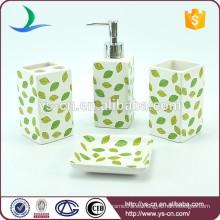 Las hojas al por mayor diseñan los accesorios de cerámica para el cuarto de baño