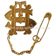 Gold Plating Cut out School Brooch