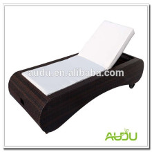 Audu single rattan outdoor furniture wheel