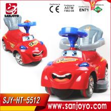 El coche de los niños del volante de China al por mayor Encantador con la música embroma el paseo en el coche eléctrico con la luz HT-5512