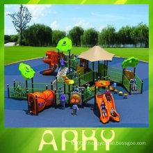 Équipement de terrain de jeux extérieur pour enfants handicapés