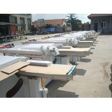 Machine de scie à table coulissante à coupe de bois à précision de 0 à 45 degrés