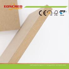 1220 * 2440mm 1830 * 3660mm Taille Standard Étanche UV Sublimation UV Plain MDF Conseil