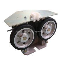 Sabot de guidage pour rouleau d'ascenseur latéral cabine et contrepoids
