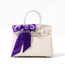Mais recente moda poly cetim cor sólida bolsa com lenço