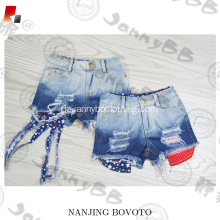 Verstellbare Taille 4. Juli-Denim-Shorts