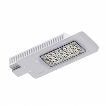 Tinggi Lumen IP65 30W LED Street Light