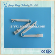 Surgical Disposable umbilical clamp for new born