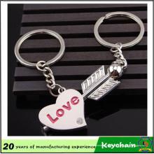Flèche promotionnelle et porte-clés en forme de coeur