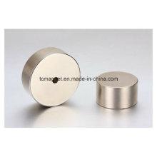 Imanes de neodimio con agujeros en forma de bloque y disco