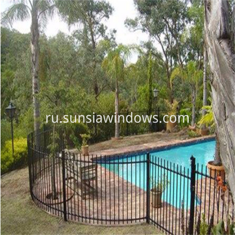 Garden Fencing for Pool