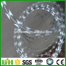 GM La muestra libre Anping fabrica la calidad del producto galvanizó el alambre de púas de la hoja de afeitar para la venta