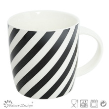 Taza de cerámica de 12 onzas con diseño de tira negra de calcomanías