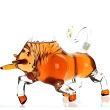Bull en forme de la maison de vin, d'alcool et whisky carafe verre