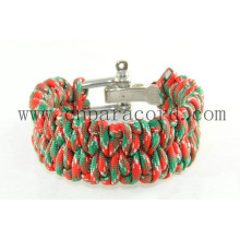 red and green camo adjustable buckle bracelet